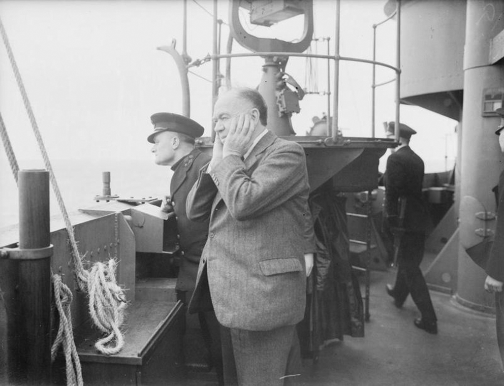 Click image for larger version.  Name:01.00. 10 d 2 William Maxwell Aitken, 1st Baron Beaverbrook  holds his ears tight during AA prac.jpg Views:5 Size:277.8 KB ID:2146410
