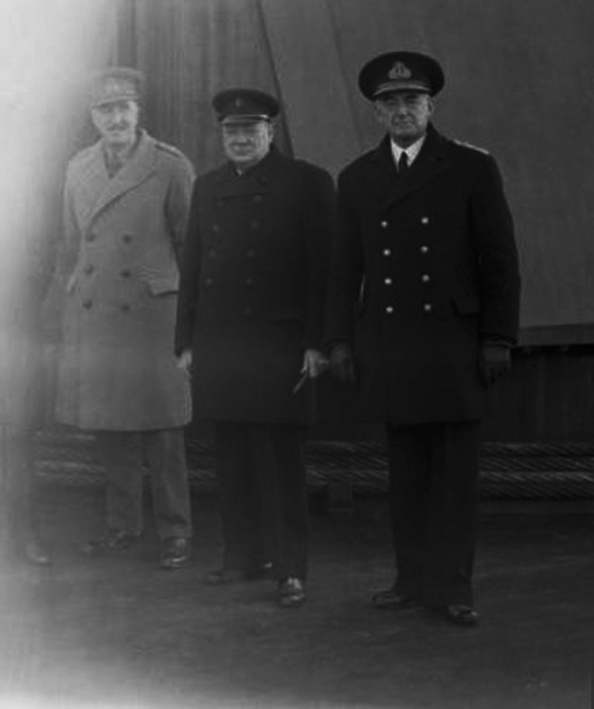 Click image for larger version.  Name:01.00. 10 f 1 Churchill with Admiral Dudley Pound and Marshal Dill on the quarterdeck of HMS DUK.jpg Views:2 Size:113.9 KB ID:2146426