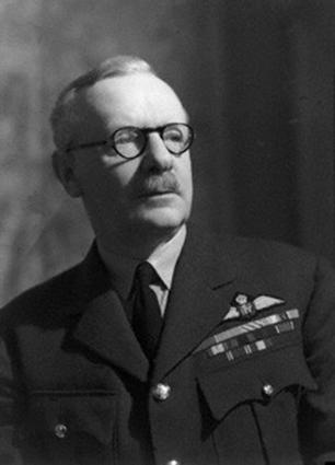 Click image for larger version.  Name:01.00. 10 k 3 Air Marshall Sir Arthur Travers Harris 1.jpg Views:2 Size:66.9 KB ID:2146490