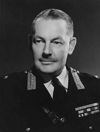Click image for larger version.  Name:01.00. 10 k 5 Brigadier Sir Leslie Chasemore Hollis .jpg Views:1 Size:77.4 KB ID:2146498