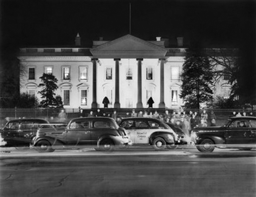 Click image for larger version.  Name:01.00. 22 00 White House North 7 December 1941.jpg Views:3 Size:129.7 KB ID:2150674