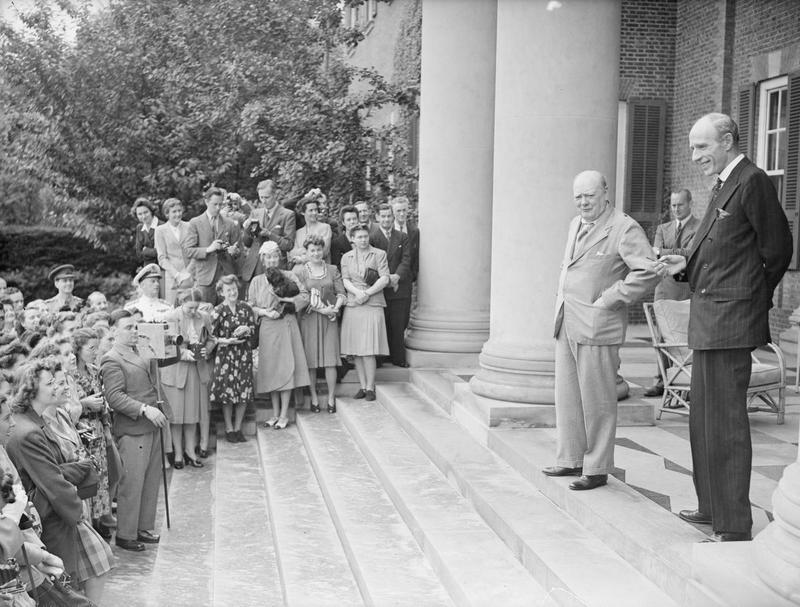 Click image for larger version.  Name:01.00. 22 01 The Prime Minister and Lord Halifax with the staffs, on the steps of the Embassy 19.jpg Views:4 Size:93.8 KB ID:2150698