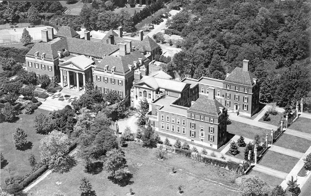 Click image for larger version.  Name:01.00. 22 03 British Embassy Washington late 1930s.jpg Views:4 Size:218.7 KB ID:2150722