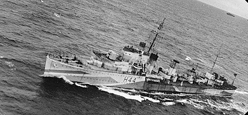 Click image for larger version.  Name:01.00. 25 01 HMS Highlander 1.jpg Views:2 Size:258.6 KB ID:2153826