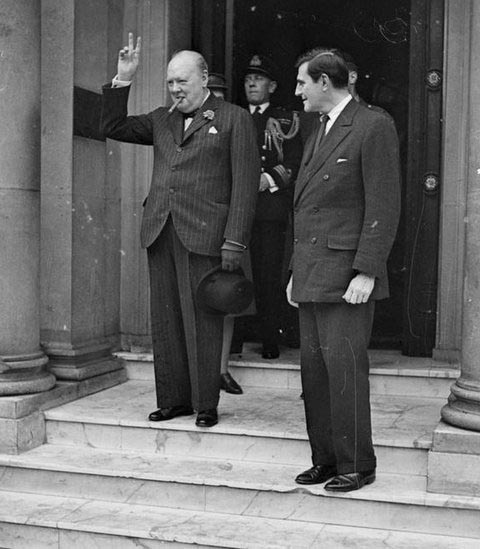 Click image for larger version.  Name:01.00. 3 0 10 a Winston Churchill and John G. Winant Jr., the American ambassador to Britain.jpg Views:3 Size:63.3 KB ID:2132746