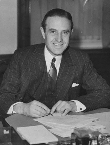 Click image for larger version.  Name:01.00. 3 0 12 1941 w averell harriman defense expeditor in london.jpg Views:3 Size:42.4 KB ID:2135594