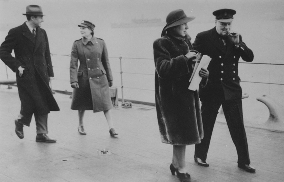 Click image for larger version.  Name:01.00. 3 0 12 1941 w Averell Harriman with Mary (née Spencer-Churchill), Baroness Soames; K.jpg Views:5 Size:233.5 KB ID:2135618