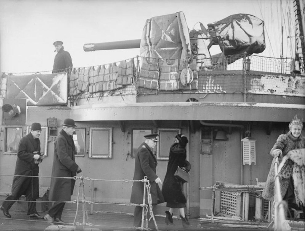 Click image for larger version.  Name:01.00. 3 0 3 HMS Napier Mrs Churchill, Lady Halifax and Lord Halifax boarding 2.jpg Views:2 Size:119.3 KB ID:2130034