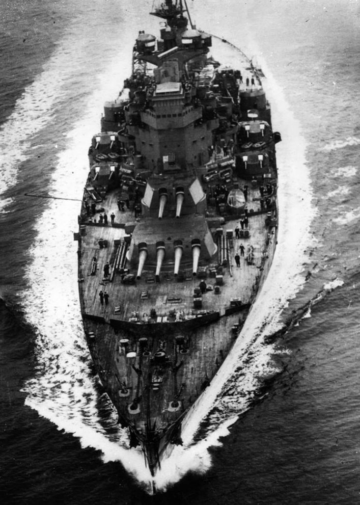 Click image for larger version.  Name:01.00. 3 0 5 a 1 24 January 1941 HMS King George V seen in Chesapeake Bay with Lord Halifax emba.jpg Views:6 Size:152.5 KB ID:2130066
