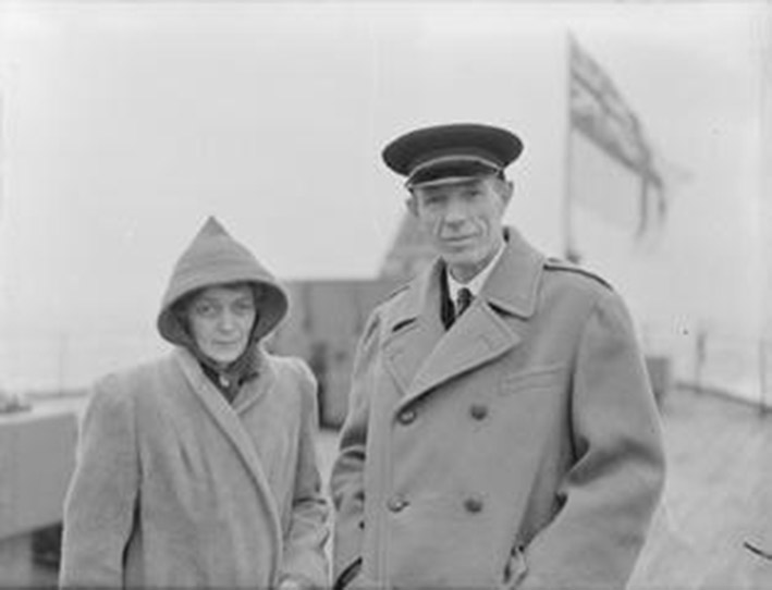 Click image for larger version.  Name:01.00. 3 0 7 a 5 Lord and Lady Halifax on the quarterdeck HMS King George V.jpg Views:3 Size:46.6 KB ID:2130138