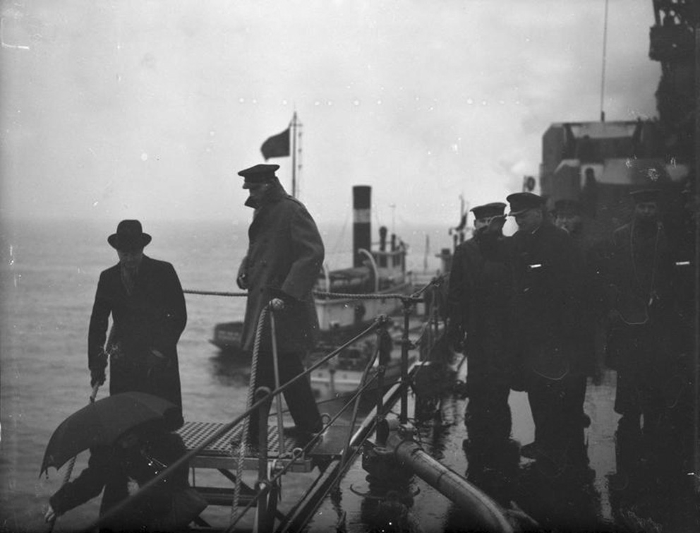 Click image for larger version.  Name:01.00. 3 0 8 a 27 JANUARY 1941 Lord Halifax leaving the ship at Annapolis. Mr and Mrs Butler, Mi.jpg Views:2 Size:131.6 KB ID:2132642