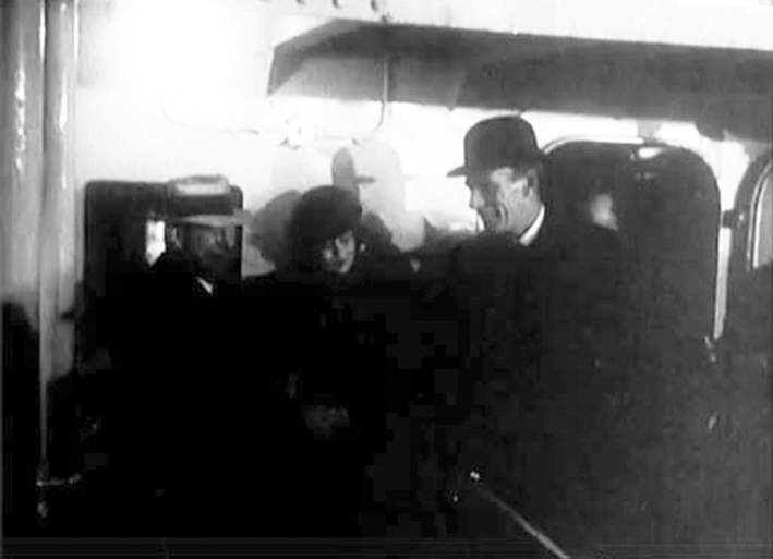 Click image for larger version.  Name:01.00. 3 0 8 c 27 JANUARY 1941  on board USS Potomac Lord and Lady Halifax with Navy Secretary K.jpg Views:5 Size:118.6 KB ID:2132658