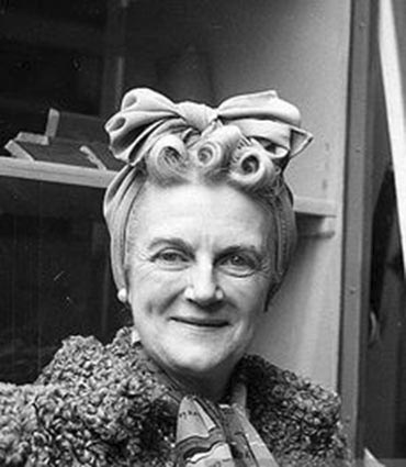 Click image for larger version.  Name:01.00. 3 0 9 g Clementine Churchill 1942.jpg Views:5 Size:53.0 KB ID:2132722