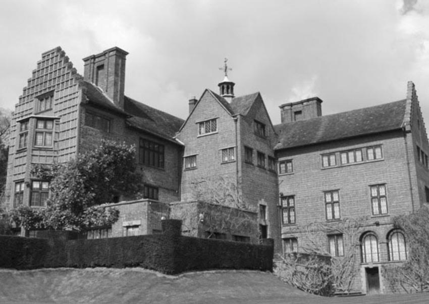 Click image for larger version.  Name:01.00. 3 1 Chartwell Mansion Kent 2.jpg Views:3 Size:87.6 KB ID:2135714