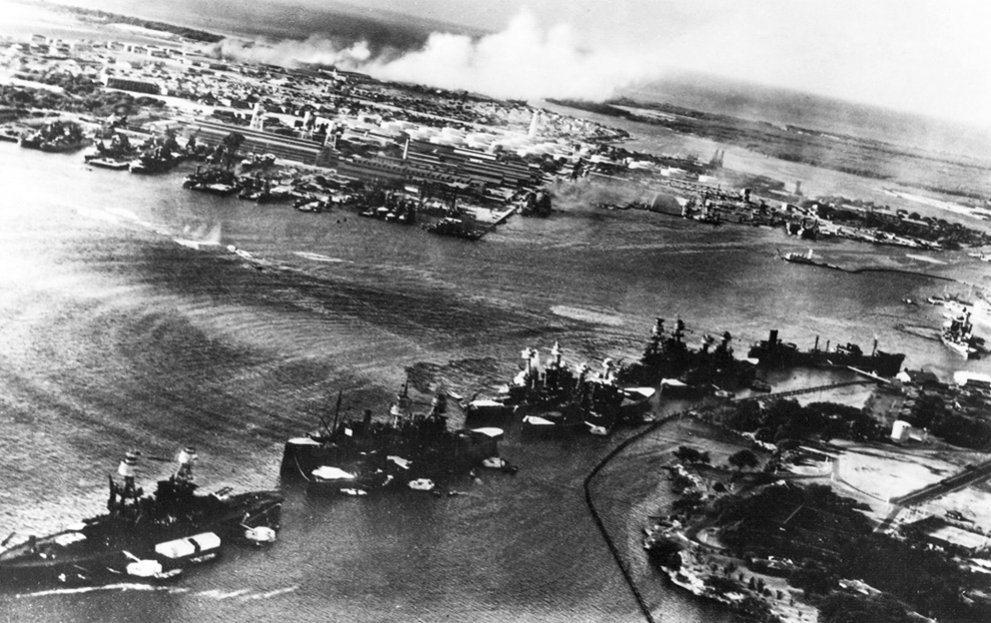 Click image for larger version.  Name:01.00. 3 4 1 2 December 1941 Aerial view of Battleship Row in the opening moments of the Japanes.jpg Views:4 Size:152.1 KB ID:2135770
