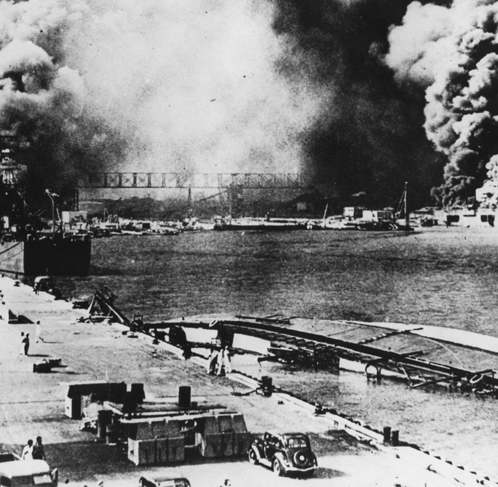Click image for larger version.  Name:01.00. 3 4 1 3 Pearl Harbor Japanese attack 1.jpg Views:4 Size:190.6 KB ID:2135794