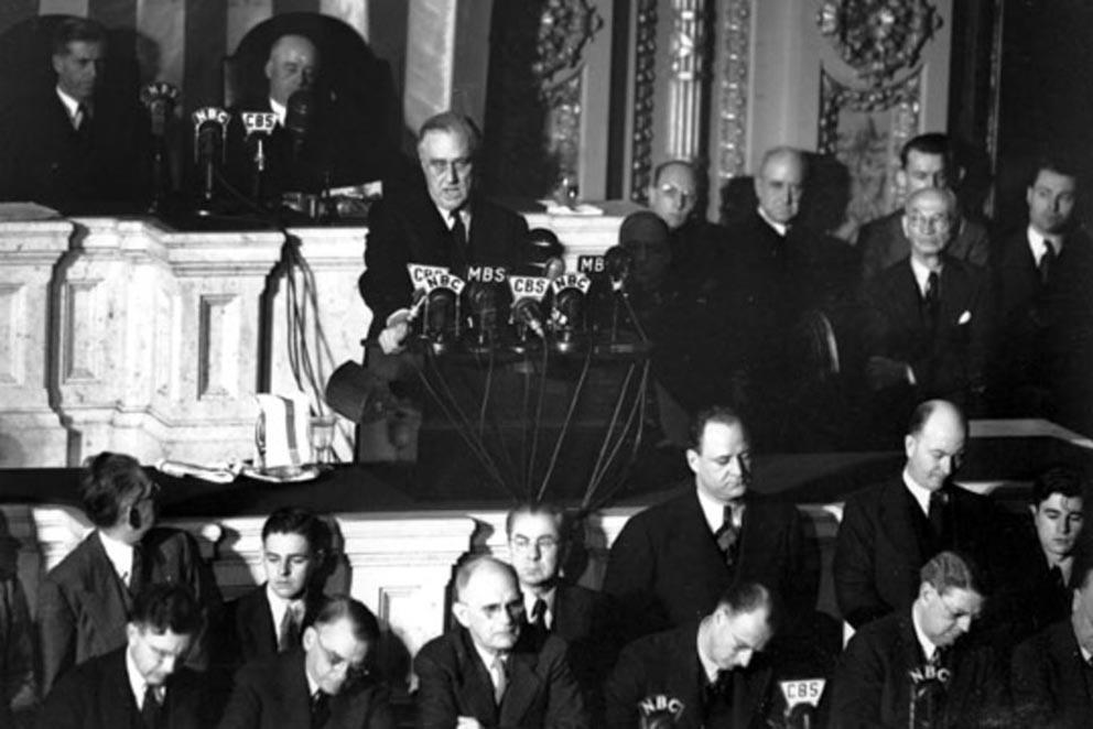 Click image for larger version.  Name:01.00. 3 4 1 Roosevelt Speech Date of Infamy, declaration of war.jpg Views:1 Size:96.3 KB ID:2138306