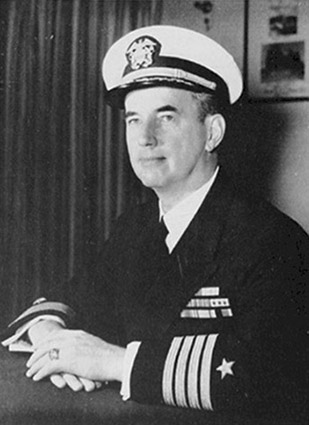 Click image for larger version.  Name:01.00. 30 02 USS Trippe (DD-403) LCDR Robert Lord Campbell Jr..jpg Views:1 Size:48.7 KB ID:2153890