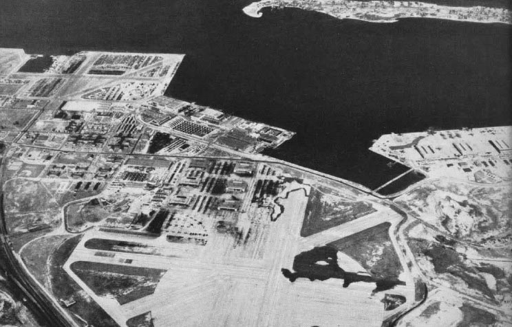 Click image for larger version.  Name:01.00. 34 Norfolk Navy Yard mid-1940s.jpg Views:2 Size:103.2 KB ID:2153954