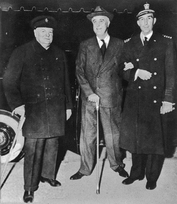 Click image for larger version.  Name:01.00. 47 05 22 Dec 1941 White House Churchill, Roosevelt, his naval aide Capt Beardell 3.jpg Views:1 Size:97.6 KB ID:2156050