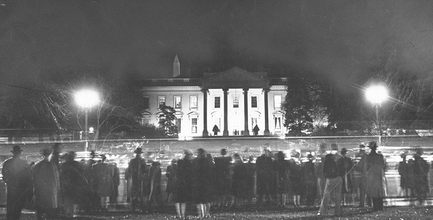 Click image for larger version.  Name:01.00. 53 01 christmas evening crowd 1941.jpg Views:2 Size:165.5 KB ID:2158986