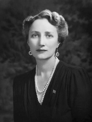 Click image for larger version.  Name:01.00. 53 04 3 Crown Princess Märtha 1940.jpg Views:1 Size:46.2 KB ID:2159018