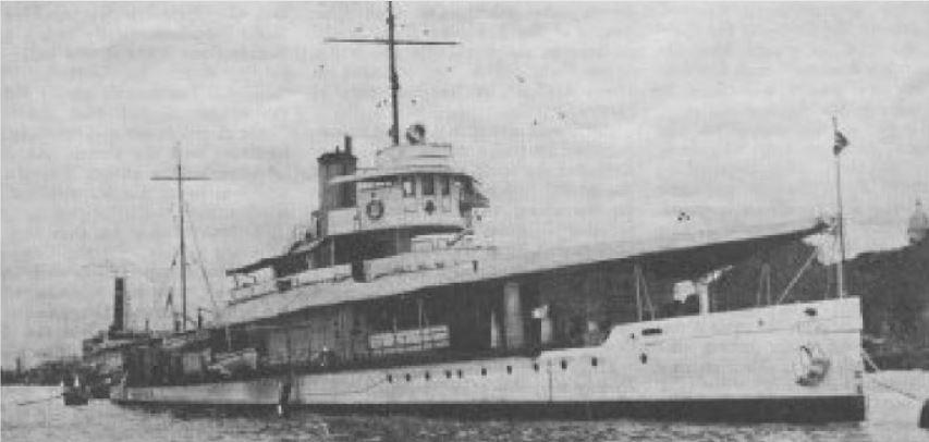 Click image for larger version.  Name:01.00. 53 04 8 16 Hongkong HMS Moth 3.jpg Views:1 Size:45.1 KB ID:2159170