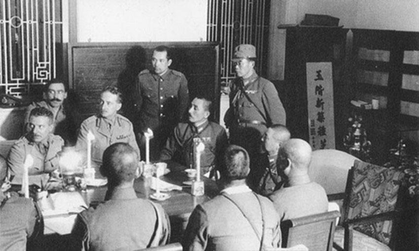 Click image for larger version.  Name:01.00. 53 04 8 2 Hongkong surrenders 25 Dec 1941 2.jpg Views:2 Size:90.6 KB ID:2159058