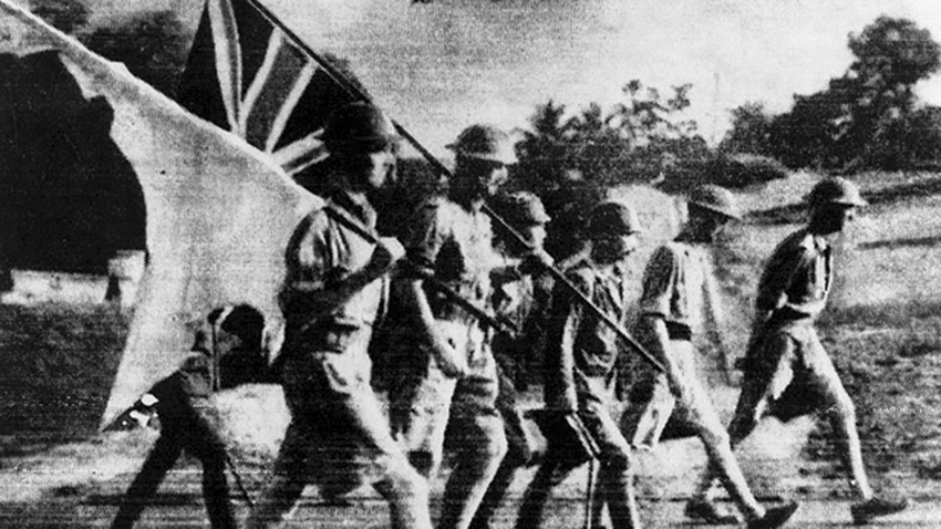 Click image for larger version.  Name:01.00. 53 04 8 2 Hongkong surrenders 25 Dec 1941 4.jpg Views:2 Size:275.0 KB ID:2159066