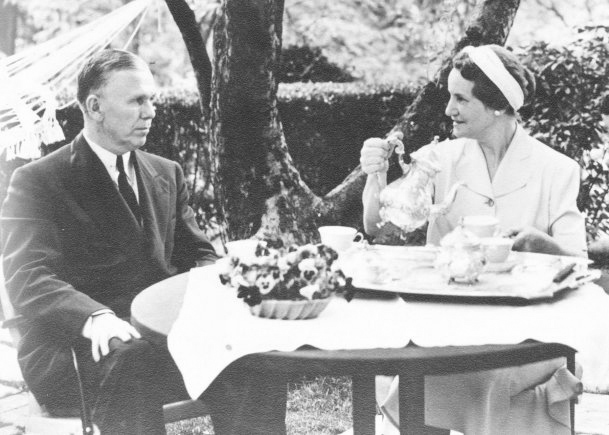 Click image for larger version.  Name:01.00. 54 2 Gen. George C. Marshall and Mrs. Marshall use the Fort Myer Quarters One garden for .jpg Views:3 Size:112.3 KB ID:2165618