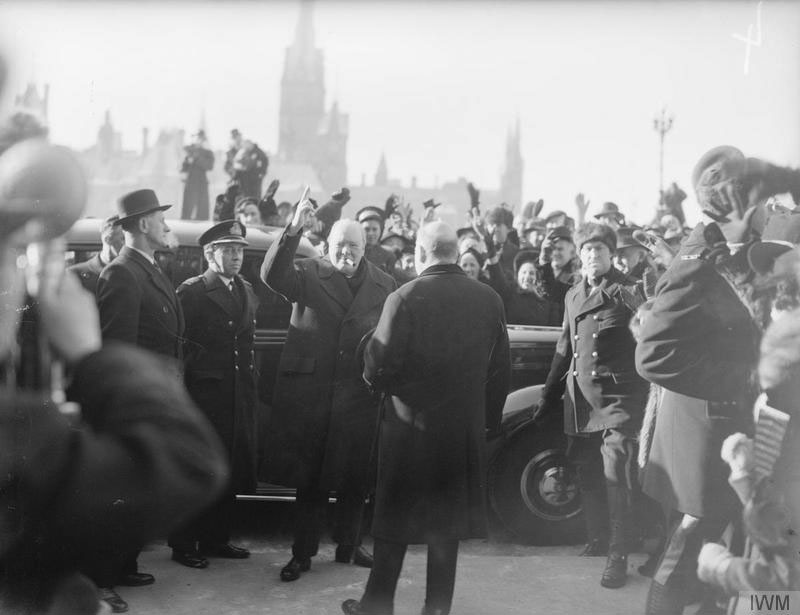 Click image for larger version.  Name:01.00. 55 13 4 Mr Churchill accompanied by Mackenzie King arriving at Government House, Ottawa 1.jpg Views:2 Size:67.0 KB ID:2169154