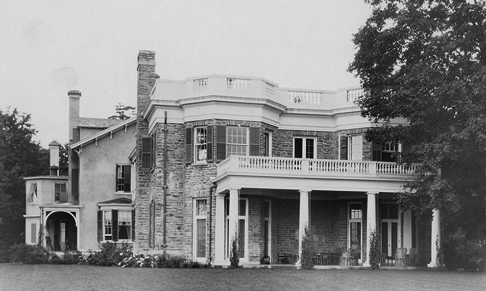 Click image for larger version.  Name:01.00. 56 5 1 Springwood House in Hyde Park, NY southern end.jpg Views:2 Size:191.7 KB ID:2169266