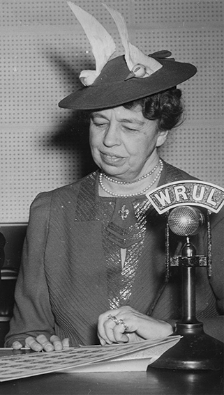 Click image for larger version.  Name:01.00. 6 f 1 Eleanor Roosevelt 1941.jpg Views:3 Size:130.0 KB ID:2138450