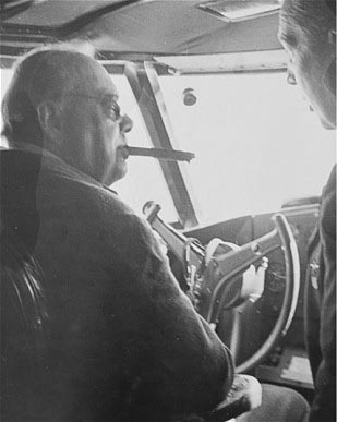 Click image for larger version.  Name:01.00. 84 Churchill at controls of the Boeing 314a Clipper with Cpt John Kelly-Rodgers flying bo.jpg Views:2 Size:35.5 KB ID:2172538