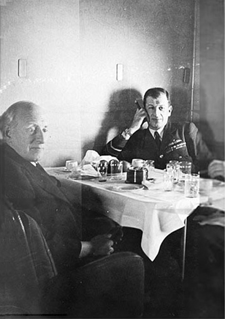 Click image for larger version.  Name:01.00. 86 Dinner 4 Sir Charles Wilson and Air Chief Marshall Sir Charles Portal 1.jpg Views:1 Size:88.5 KB ID:2175698