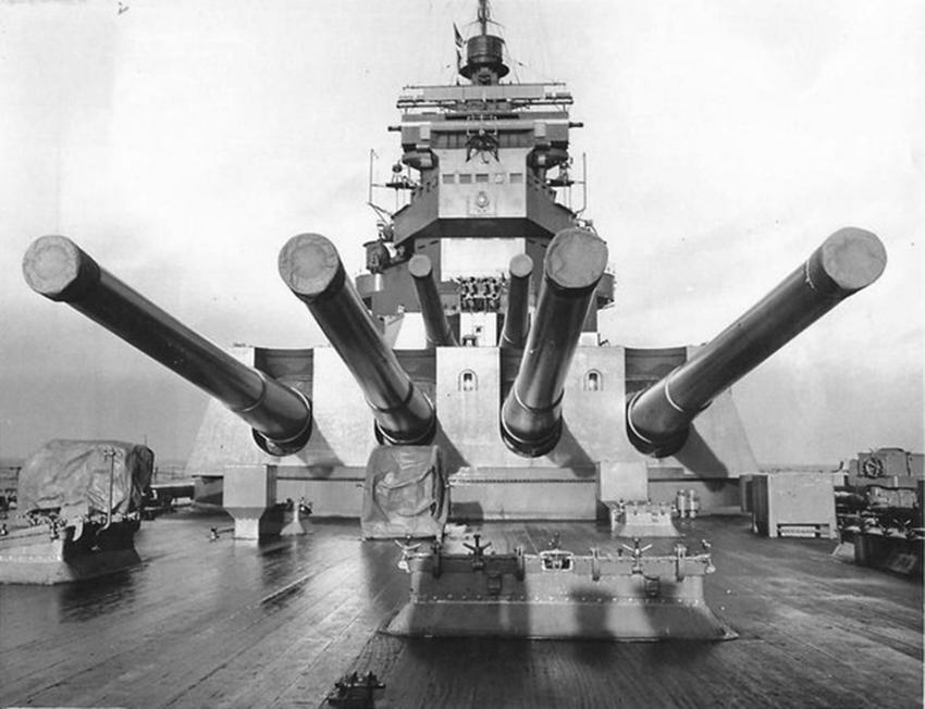 Click image for larger version.  Name:01.00. 9 01 HMS Duke of York 6.jpg Views:1 Size:236.9 KB ID:2142322