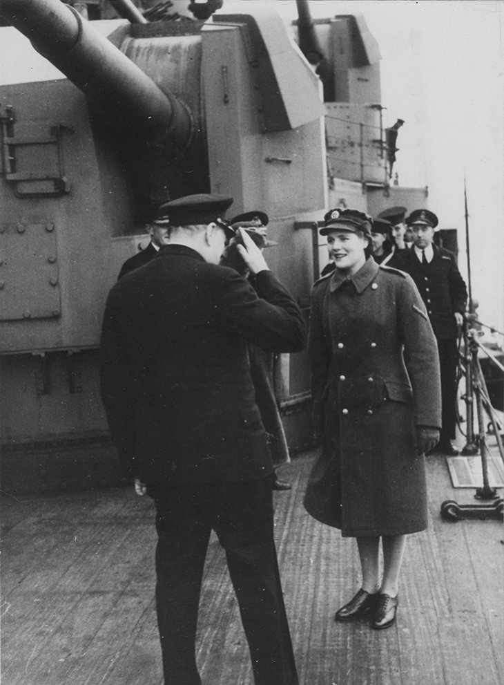 Click image for larger version.  Name:01.00. 9 04 Churchill on deck of HMS DUKE OF YORK Churchill farewell salutes his daughter Mary.jpg Views:6 Size:111.0 KB ID:2142378