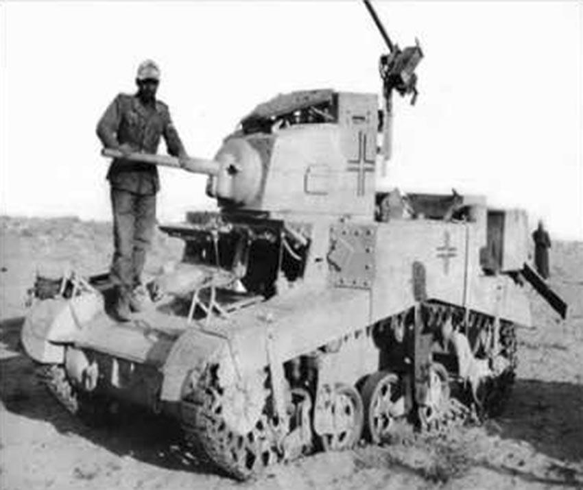 Click image for larger version.  Name:01.04. 1 1 73 captured Stuart tank 2.jpg Views:1 Size:81.1 KB ID:2239650