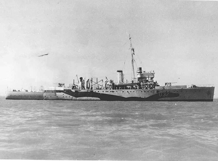 Click image for larger version.  Name:01.04. 1 3 0 e HMS Shoreham (L32) 1.jpg Views:1 Size:66.6 KB ID:2275377