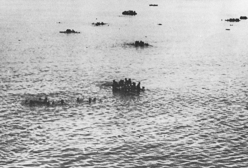 Click image for larger version.  Name:01.04. 1 3 s 14 z HMHS Vita HMS Hermes Survivors.jpg Views:2 Size:187.4 KB ID:2283481