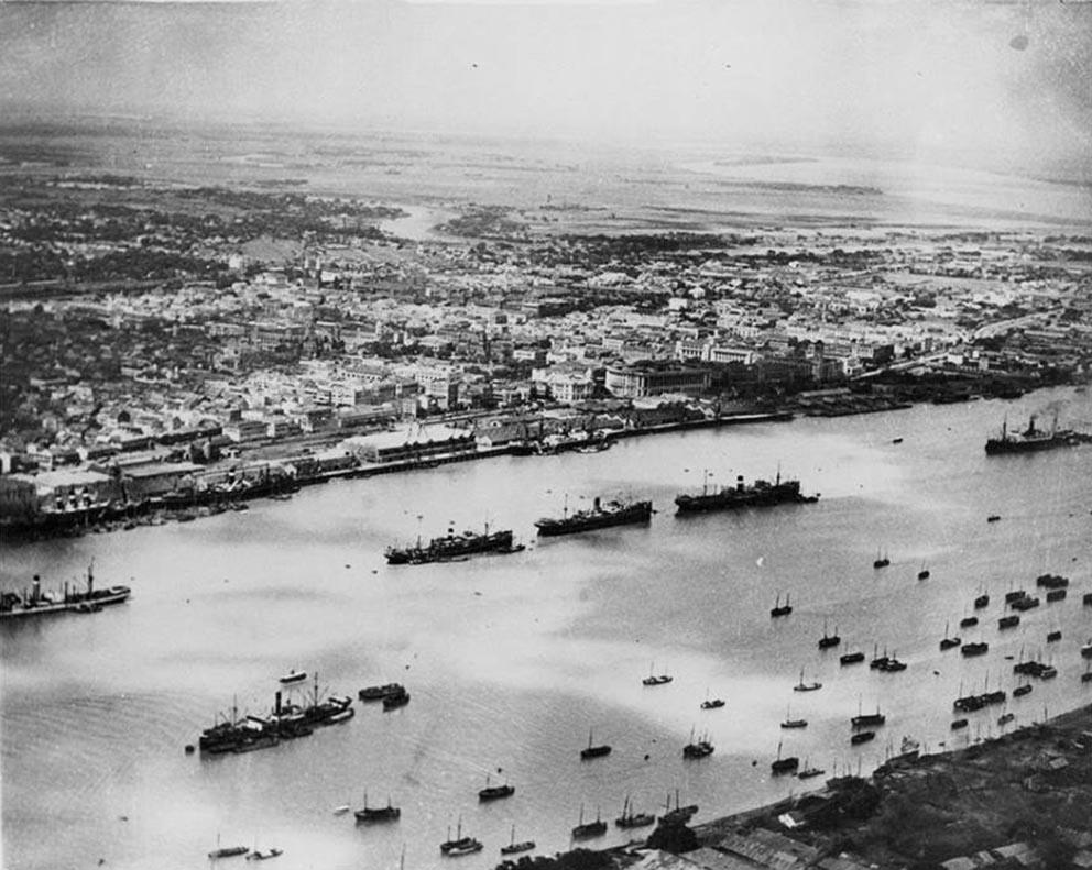 Click image for larger version.  Name:01.04. 1 4 0 3 Burma Rangoon February 1942 Rangoon River and harbor 1.jpg Views:1 Size:143.1 KB ID:2291465