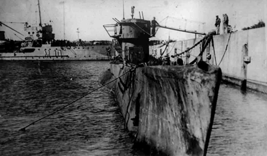 Click image for larger version.  Name:01.04. 1 4 o 15 Base Naval Mar del Plata U 977 3.jpg Views:1 Size:195.2 KB ID:2317354