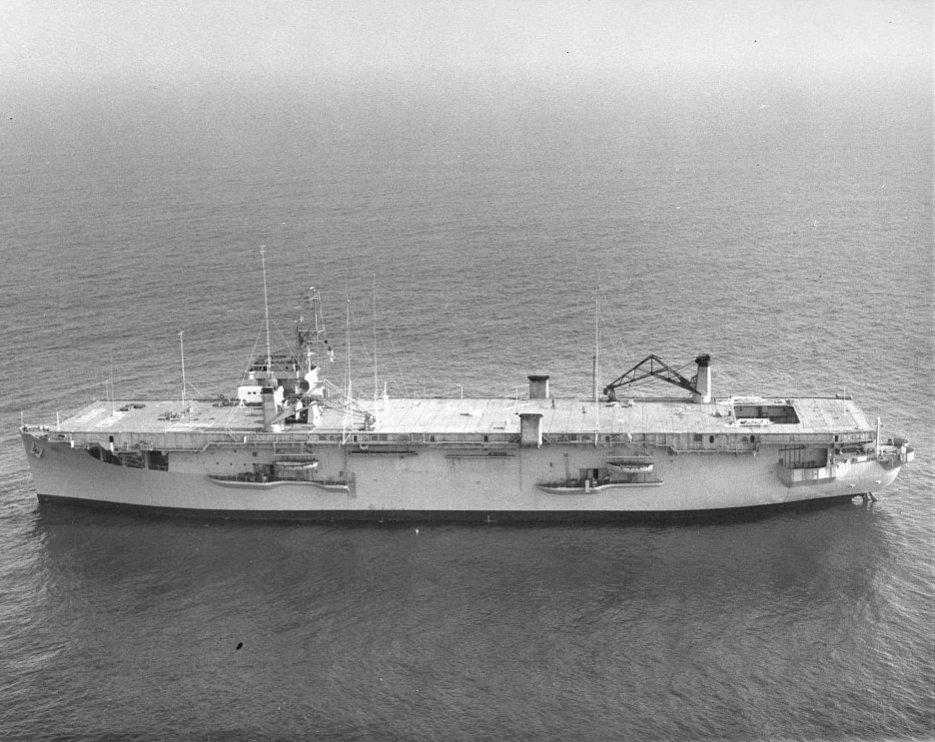 Click image for larger version.  Name:04 U-134 plane 21 August 1943 USS Croatan (CVE-25).jpg Views:4 Size:130.5 KB ID:553645