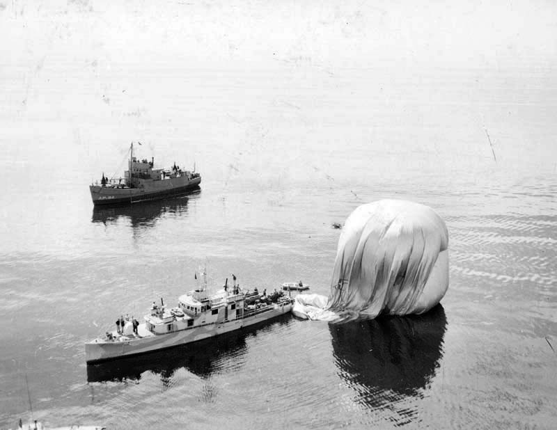 Click image for larger version.  Name:05 02 Recovery 05 K-14 In Water July 3 1944 3.jpg Views:6 Size:58.0 KB ID:553923