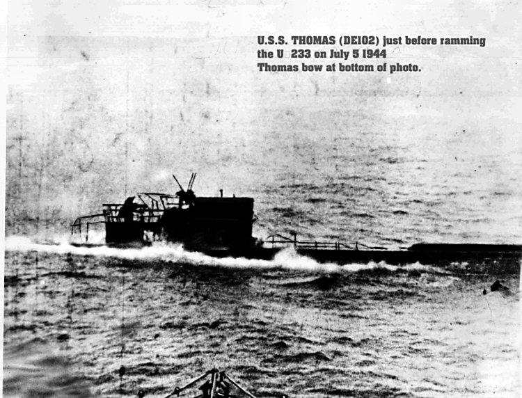 Click image for larger version.  Name:05 USS Thomas U-233.jpg Views:4 Size:103.9 KB ID:553942