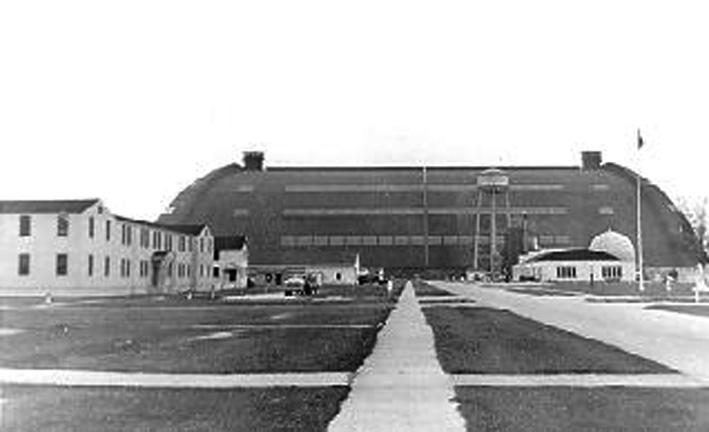 Click image for larger version.  Name:06 03 03 NAS Weeksville Hangar 1.jpg Views:1 Size:66.2 KB ID:554321