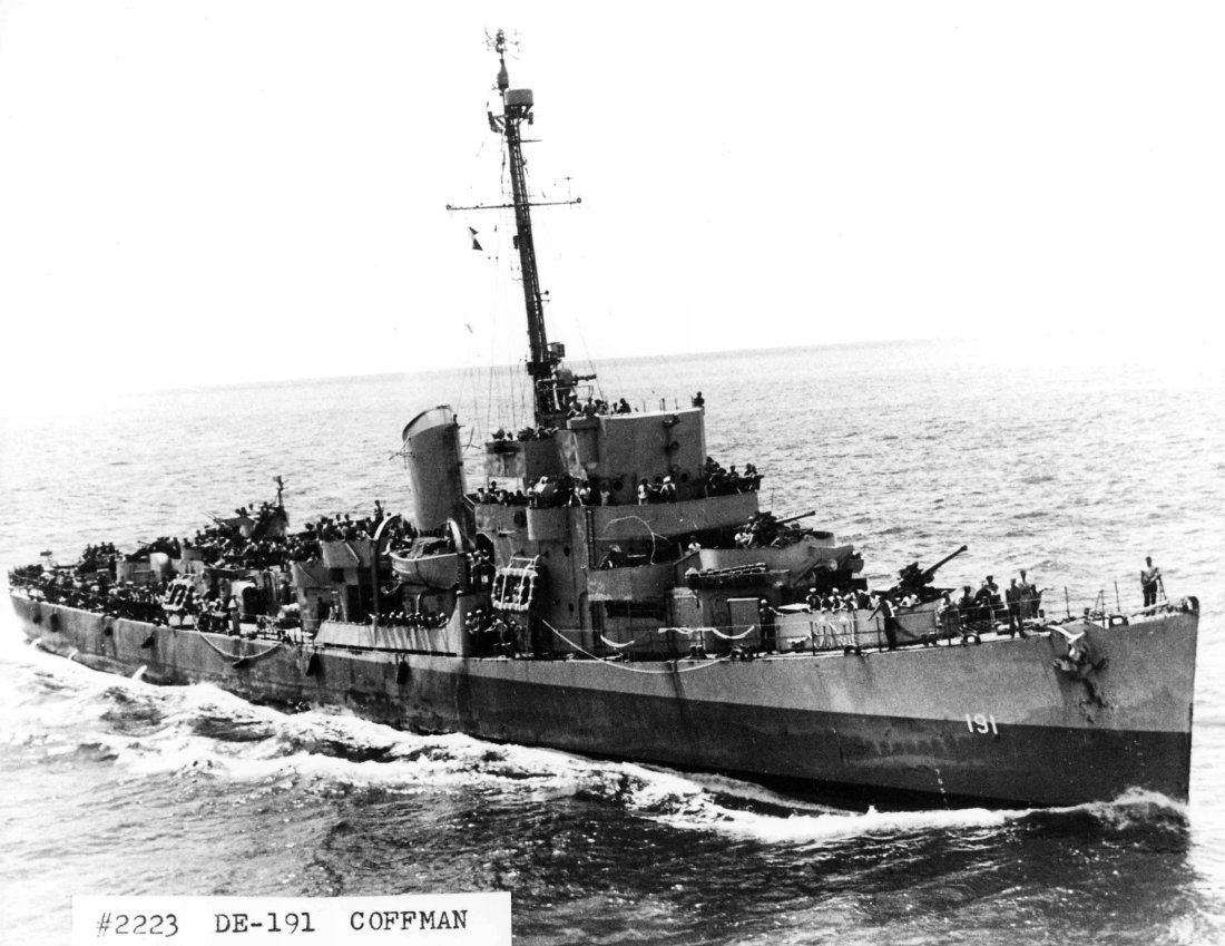 Click image for larger version.  Name:06 03 04 USS Coffman.jpg Views:2 Size:153.9 KB ID:554326