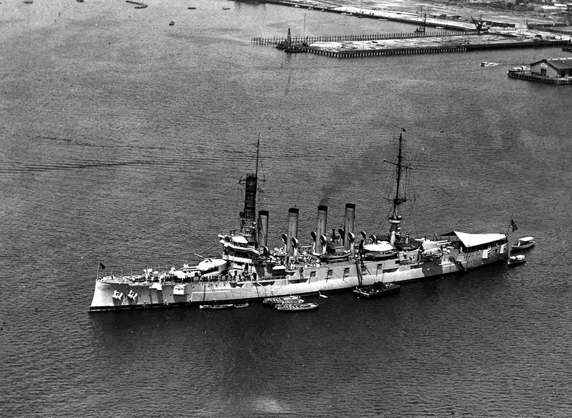 Click image for larger version.  Name:1. 0 1 5 United States Fleet USS Seattle anchored at San Diego, 21 July 1923, flying the 4-star .jpg Views:2 Size:243.9 KB ID:3675033