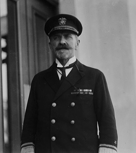 Click image for larger version.  Name:1. 0 2 1 Scouting Fleet Vice Admiral Newton Alexander McCully 1921.jpg Views:59 Size:72.8 KB ID:3675041
