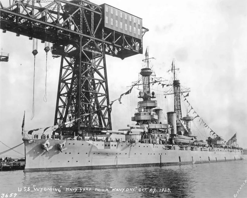 Click image for larger version.  Name:1. 0 2 2 Scouting Fleet USS Wyoming (BB-32) at the Philadelphia Naval Shipyard on Navy Day, 1923.JPG Views:2 Size:108.6 KB ID:3675037